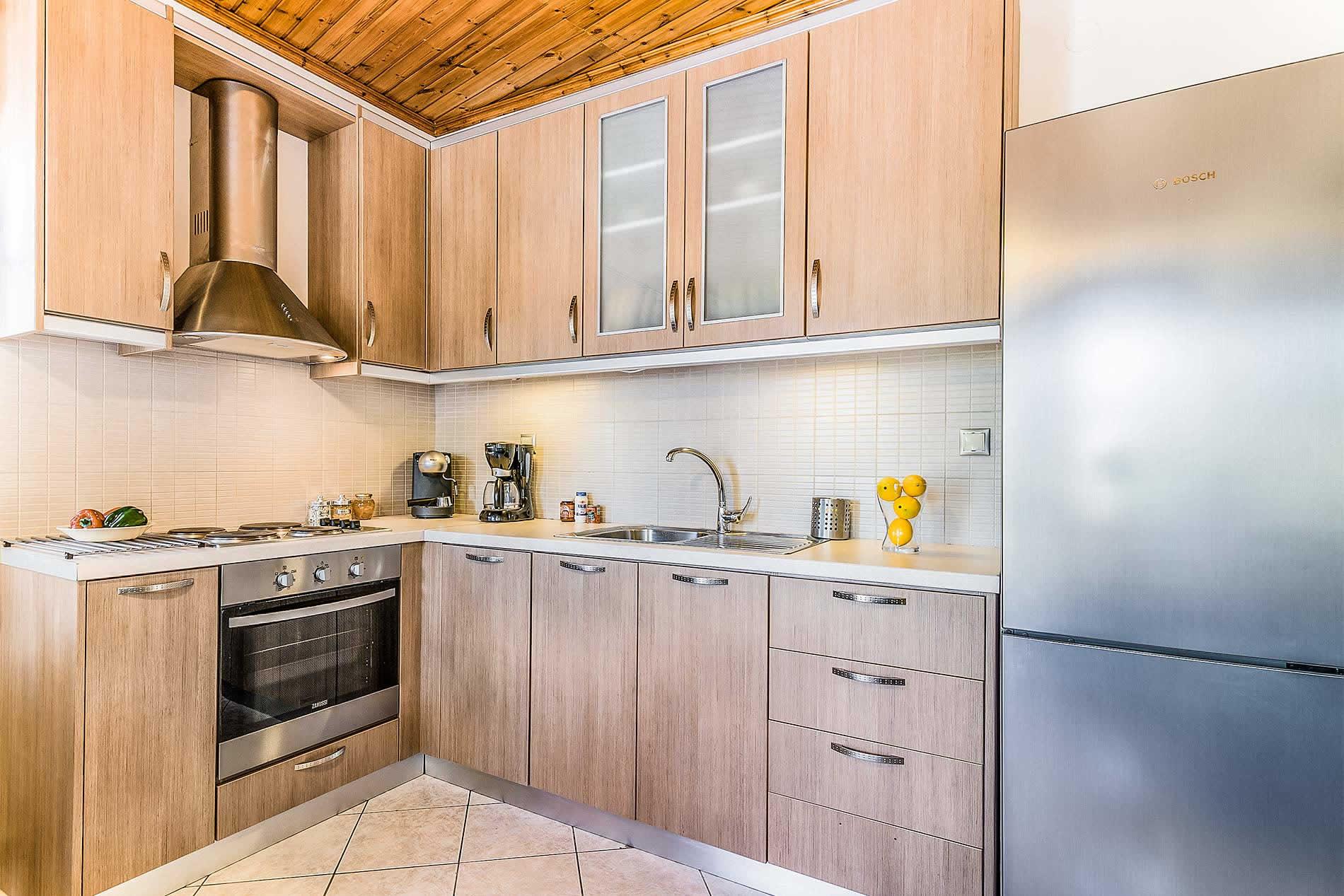 Apartment Chryssoula in Loggos - sleeps 4 people