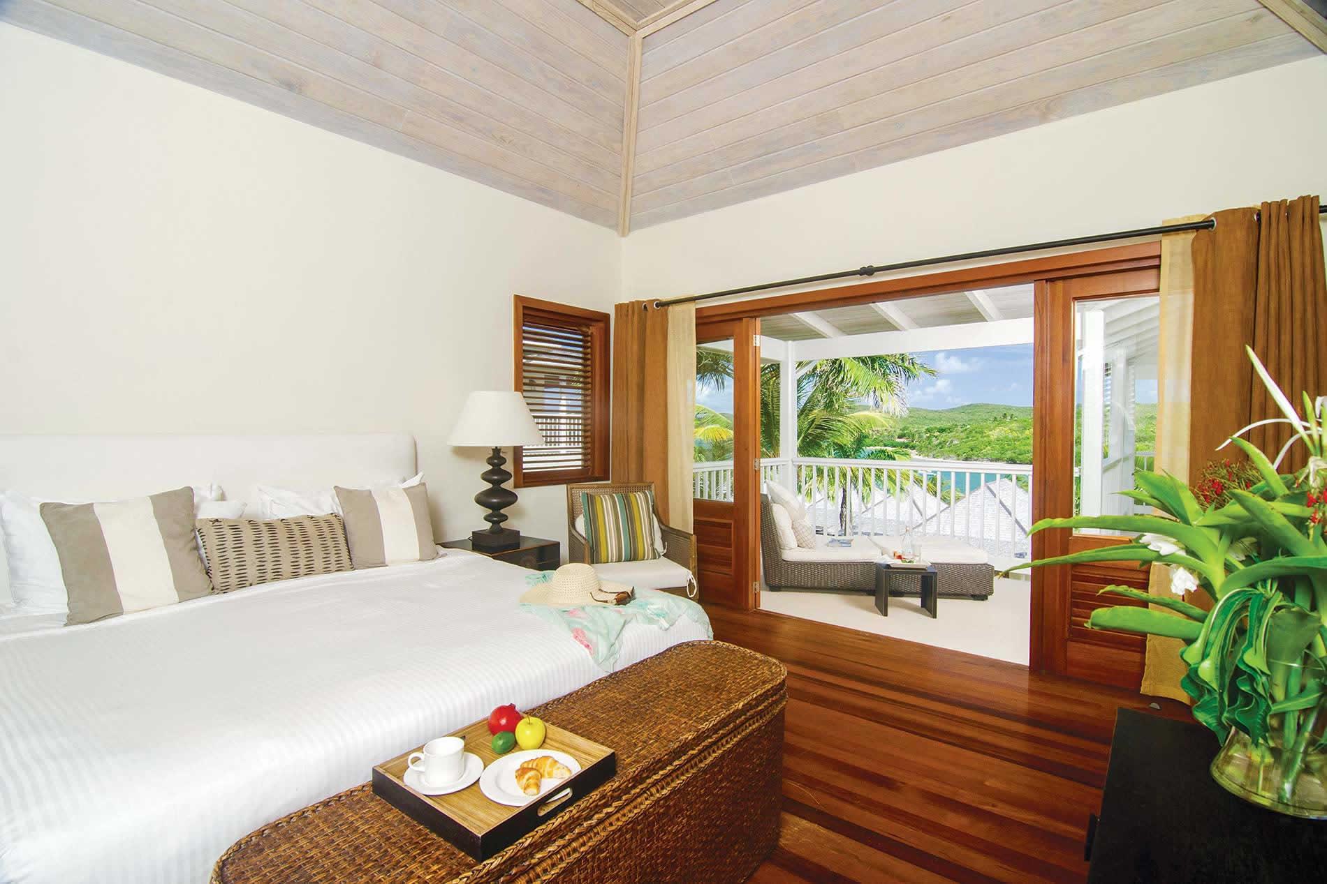 Apartment Deluxe Suite II in Nonsuch Bay Resort - sleeps 4 people