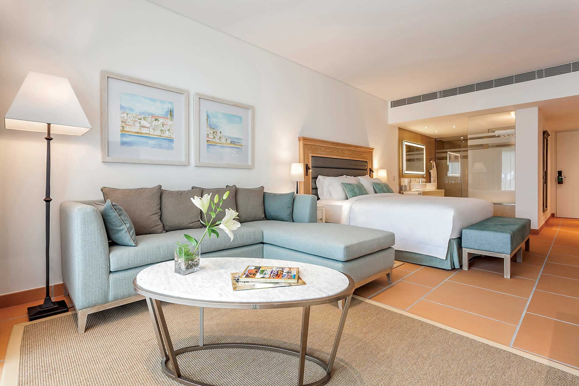 Apartment Pine Cliffs Ocean Suite I in Pine Cliffs Resort - sleeps 2 people