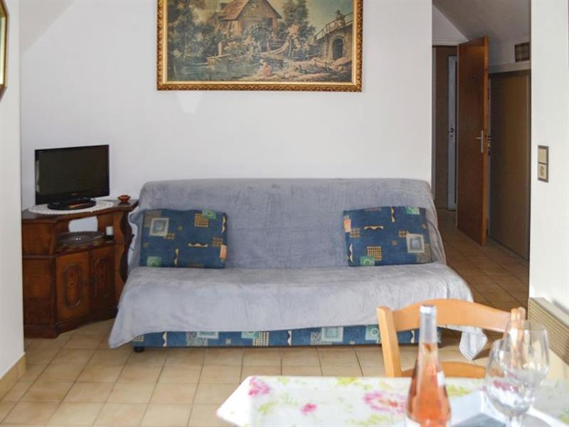 Appartements Vue Mer - Appartement des Toits 2 in Le Pouldhu, near Clohars-Carnoët, Brittany - sleeps 2 people