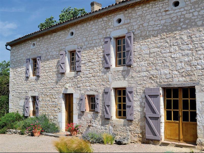 Bastide de la Lavande in Cahuzac-sur-Vère, Tarn - sleeps 8 people
