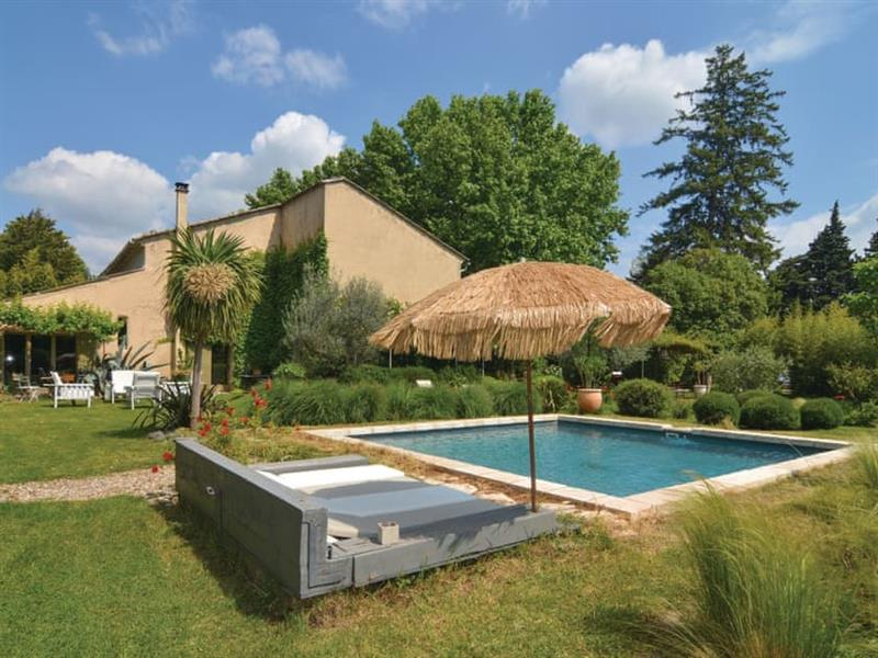 Cabannes in Provence - sleeps 4 people
