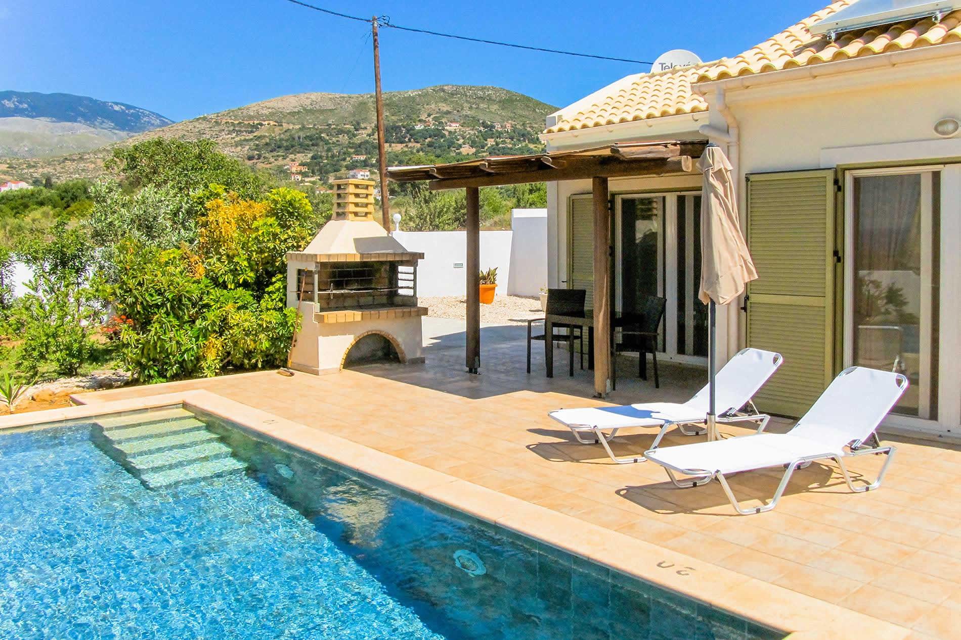 Caretta Beach Villa in Skala - sleeps 2 people