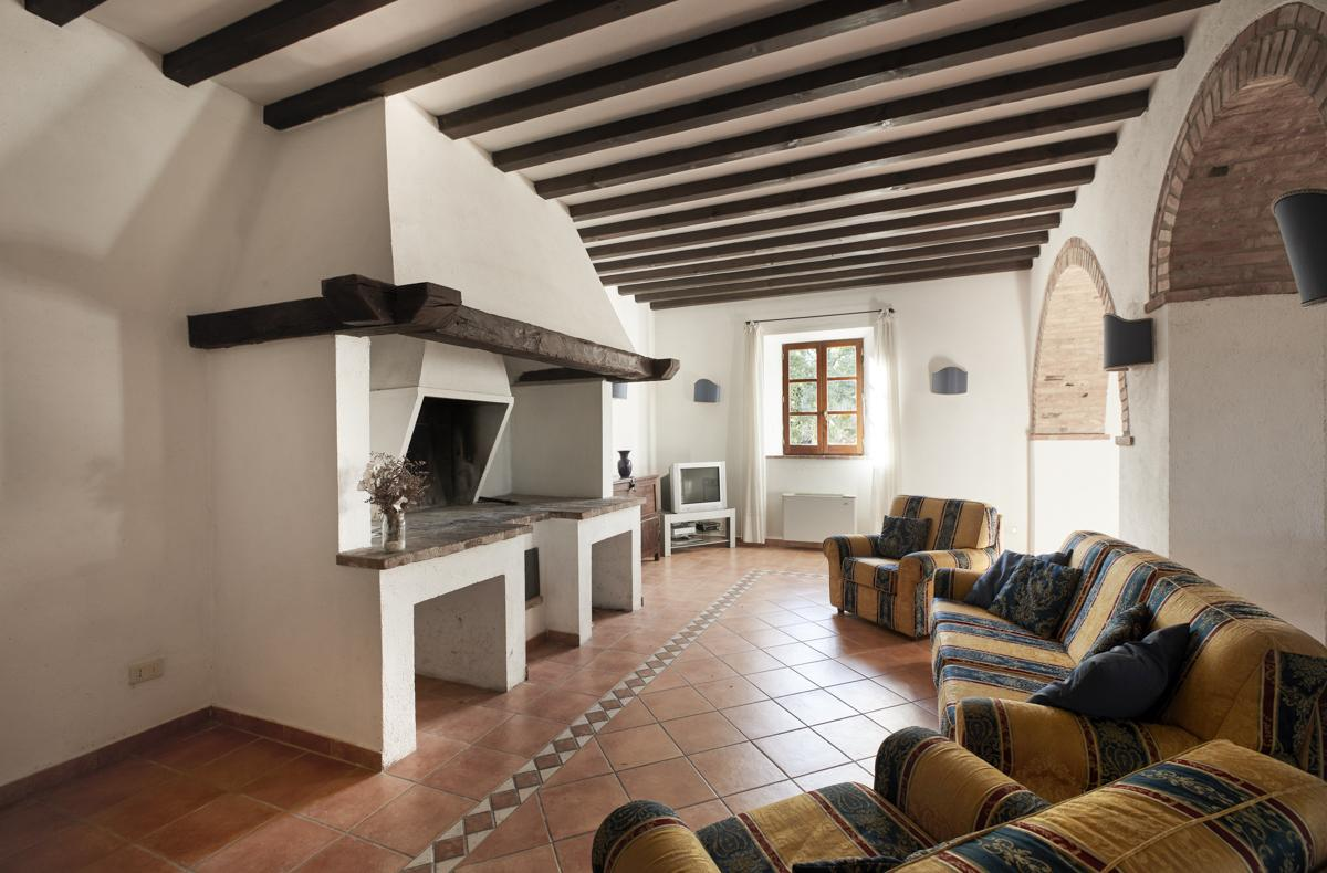 Casa Chieto in Montepulciano - sleeps 20 people