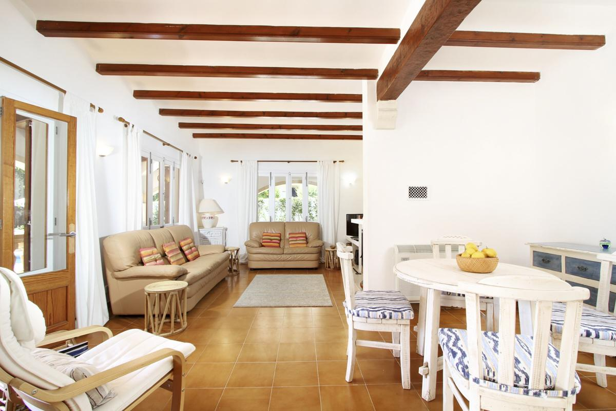 Casa Magdalena in Cala San Vicente - sleeps 8 people