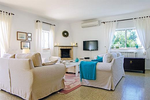 Casa Pipali in Bordeira, Algarve - sleeps 4 people