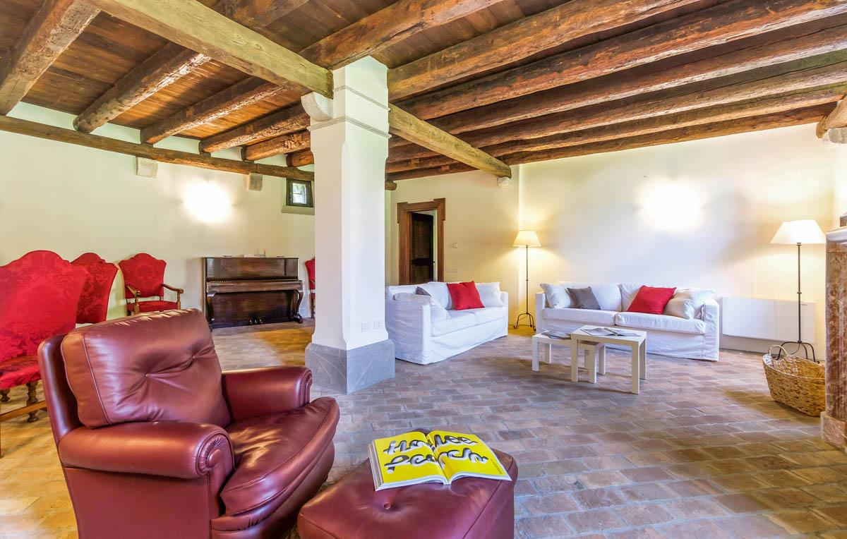 Castello Oilia in Venice & Veneto - sleeps 13 people
