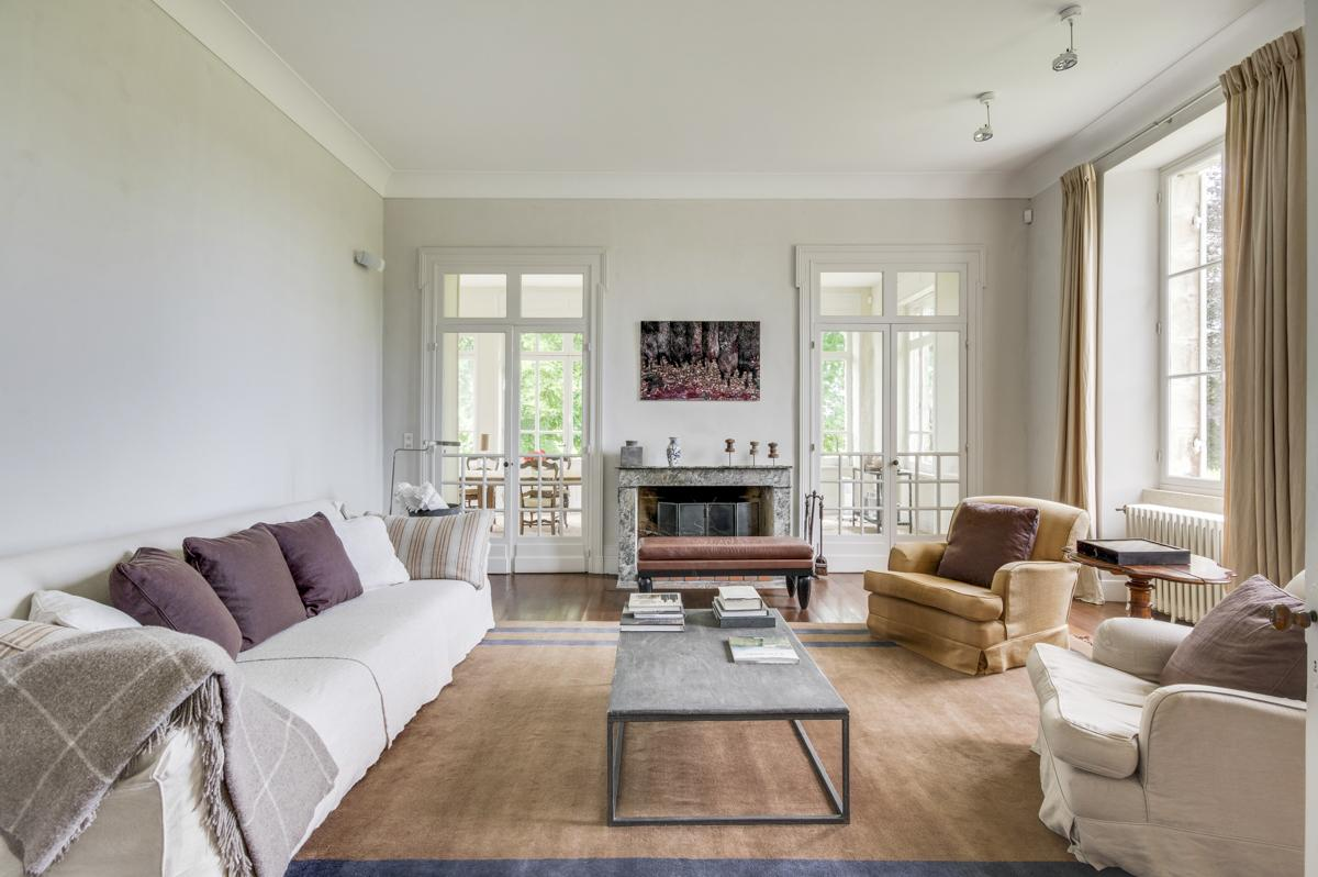 Chateau Levet in Aquitaine - sleeps 12 people