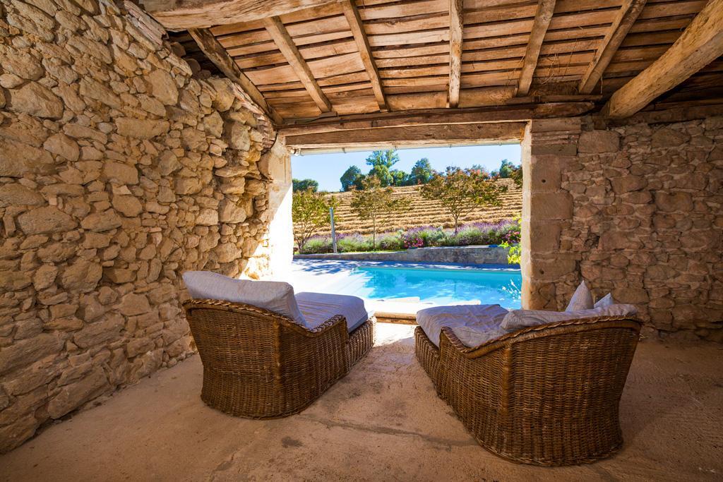 Chateau Segalas in Dordogne - sleeps 12 people
