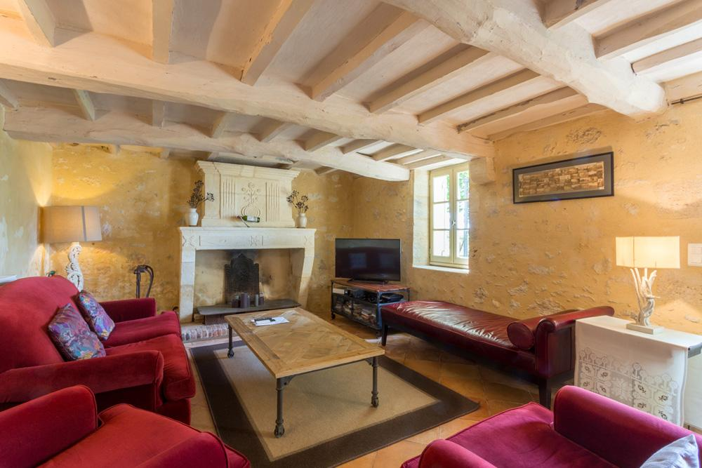 Chateau Tertre in Aquitaine - sleeps 16 people