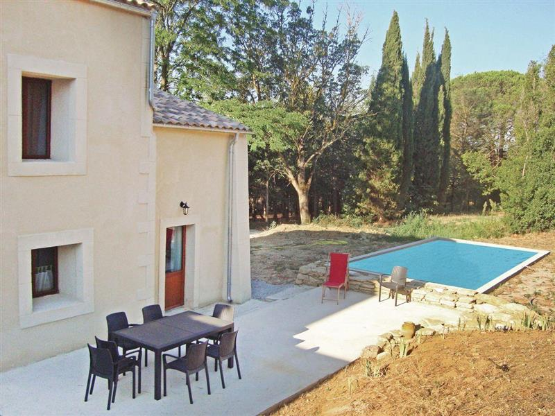 Cottage Charmant in Alzonne, Aude - sleeps 8 people