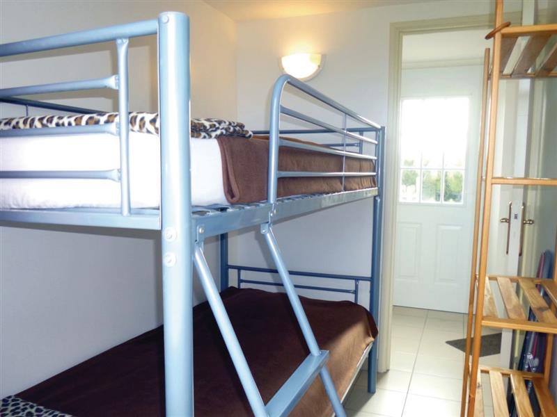 Deux-Jumeaux in Deux-Jumeaux - sleeps 4 people