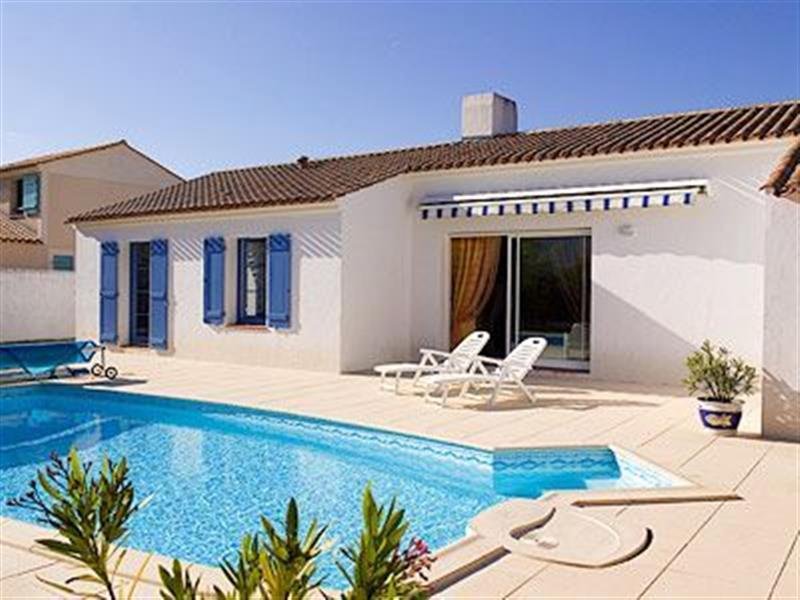 Domaine de Vertmarines Villas Bijoux in St Jean de Monts, Vendée - sleeps 6 people
