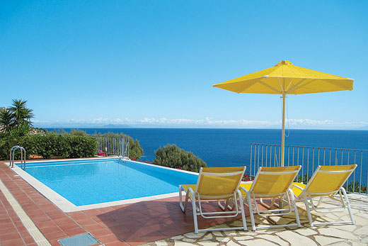 Eleni in Skala, Kefalonia - sleeps 7 people