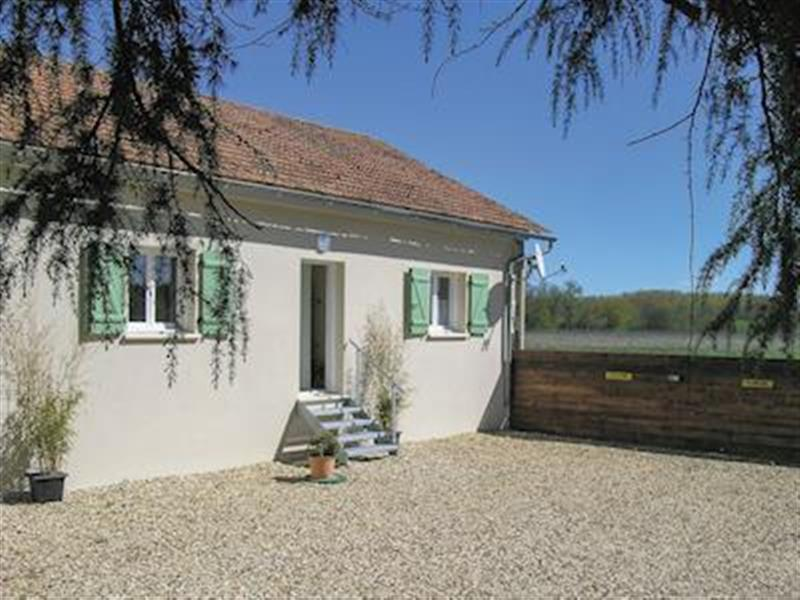 Gondeville in Gondeville, Poitou-Charentes - sleeps 4 people