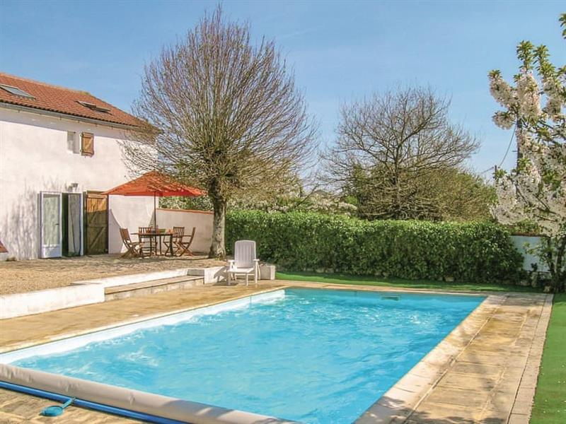 La Ferme in near L'Hermenault, Vendée - sleeps 6 people