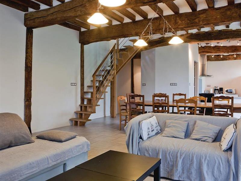 La Retraite in Grigneuseville, Normandy - sleeps 10 people
