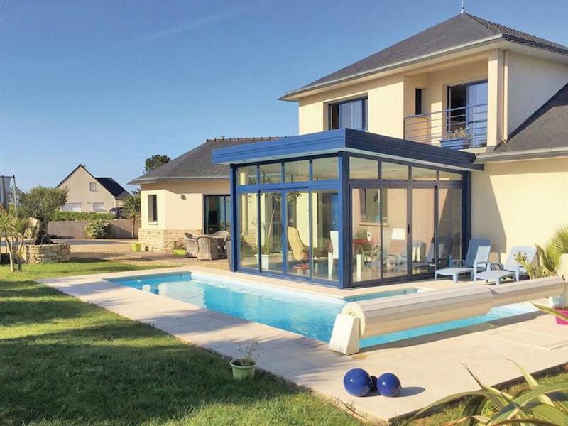 La Villa Breton in Kerlouan, Brittany - sleeps 6 people