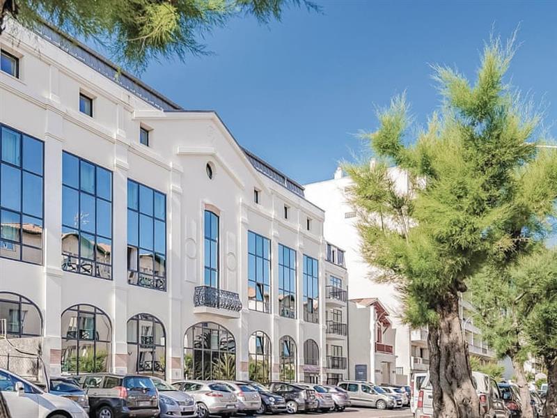 Lagrange Vacances Les Patios Eugenie - Appartement 2 in Biarritz, Aquitaine - sleeps 6 people