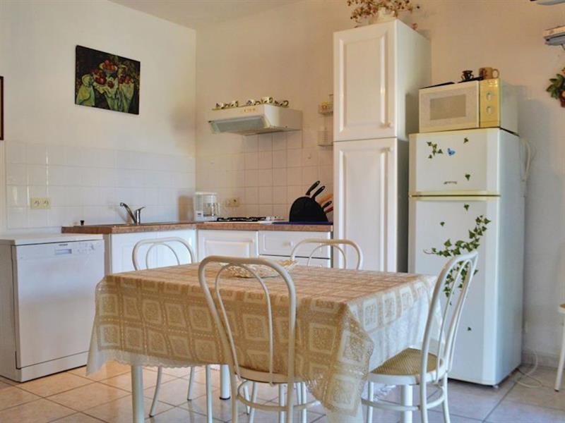 Le Cottage Douillet in Cervione, Corsica - sleeps 6 people