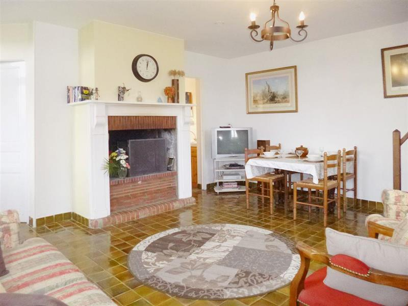 Le Dezert in Le Dézert - sleeps 4 people
