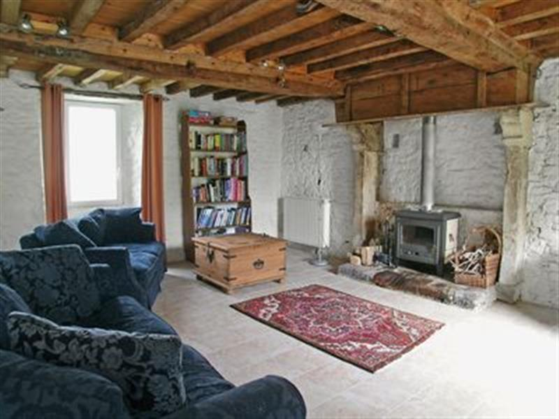 Le Grand Rue in Cretteville, nr. Picauville - sleeps 6 people
