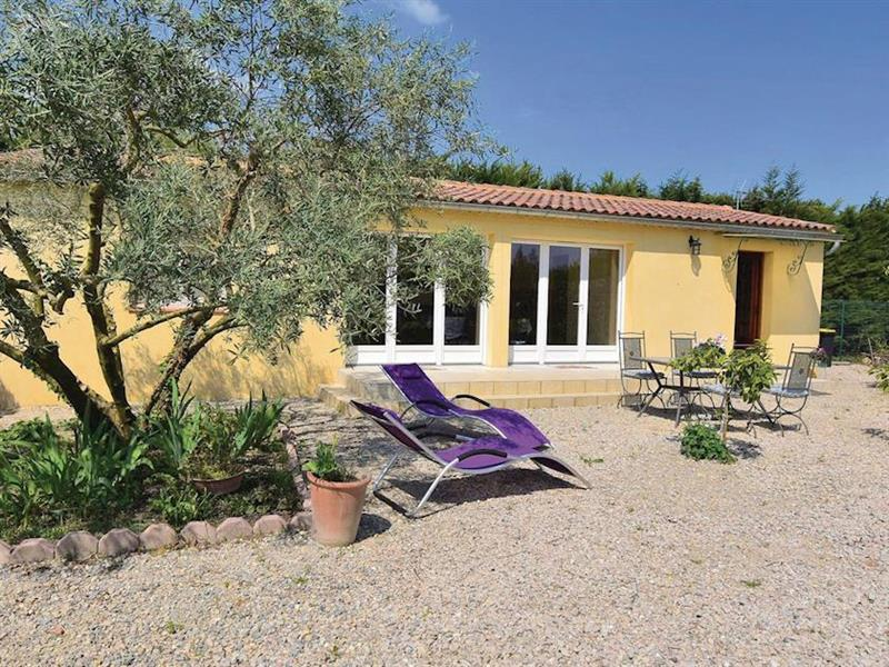 Le Jardin in Caderousse, Provence - sleeps 4 people
