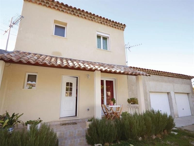 Le Soleil in Pernes-les-Fontaines, Provence - sleeps 7 people