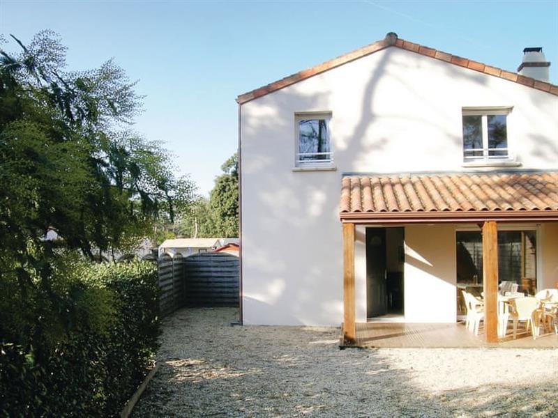 Les Conches in Longeville-sur-Mer, Vendée - sleeps 4 people