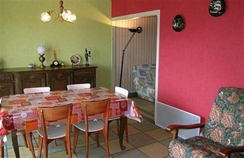 Lithaire in France - sleeps 6 people