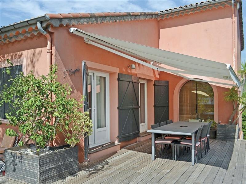 Maison Mougins in Mougins, Alpes-Maritimes - sleeps 8 people