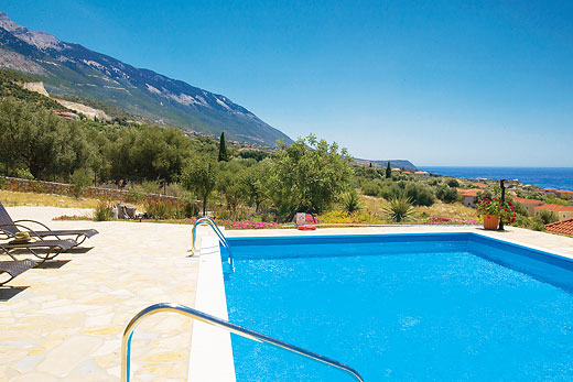 Mandarin in Trapezaki, Kefalonia - sleeps 6 people