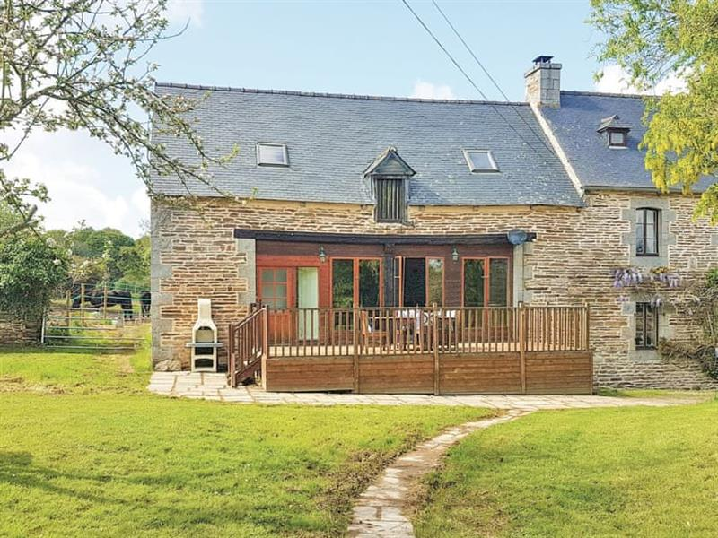 Manoir de Lezuel - The Hayloft in Brélidy,  - sleeps 5 people