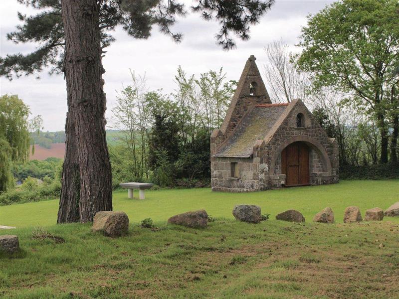 Mantallot in Mantallot, Brittany - sleeps 5 people