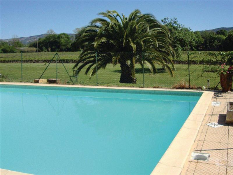 Marseillette in Marseillette, Languedoc-Roussillon - sleeps 10 people