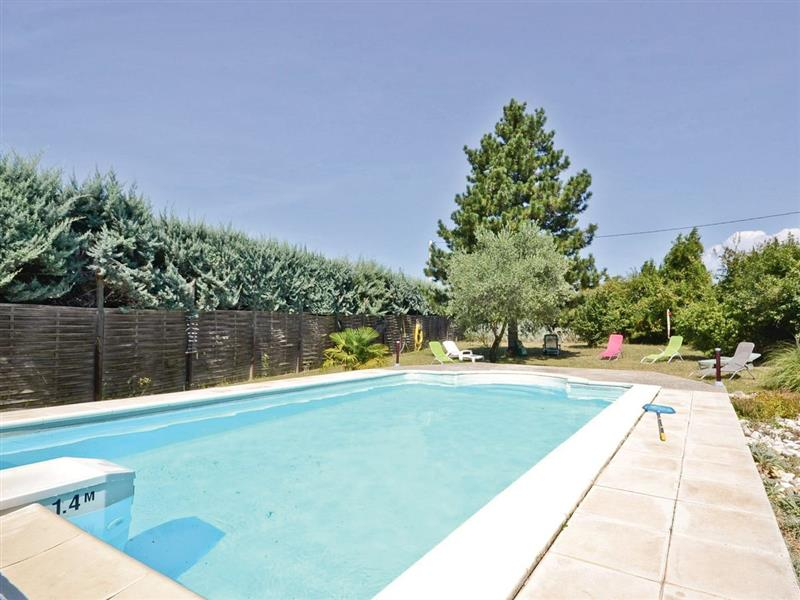 Mazan, nr. Carpentras in France - sleeps 6 people