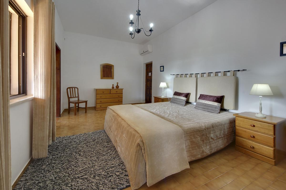 Moradia do Evaristo in Albufeira - sleeps 10 people