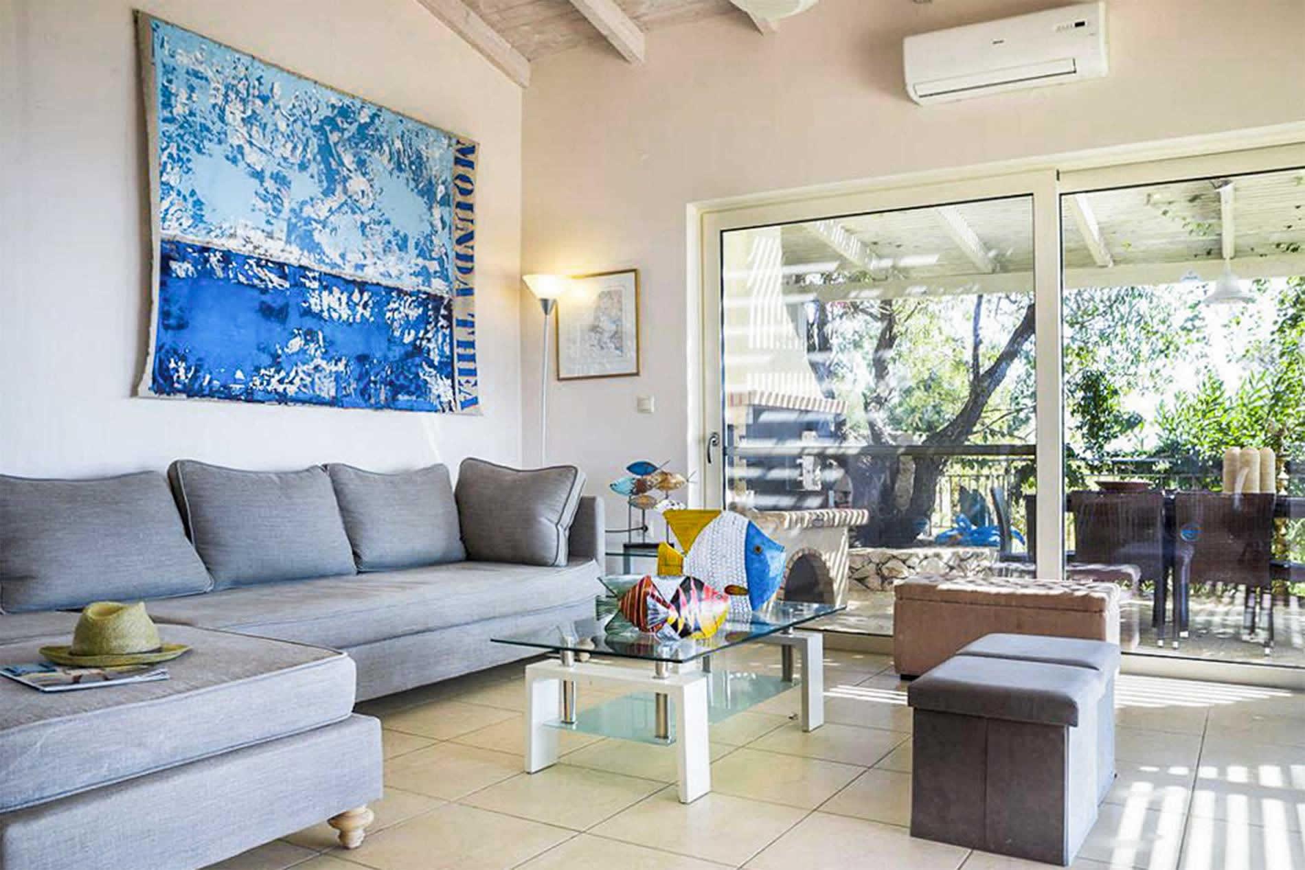 Mounda Beach Villa in Skala - sleeps 7 people
