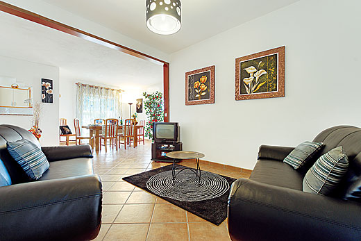 Ninos in Gale, Algarve - sleeps 6 people