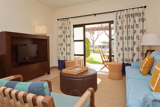 Pine Cliffs Garden Residence III in Pine Cliffs Resort, Algarve - sleeps 6 people