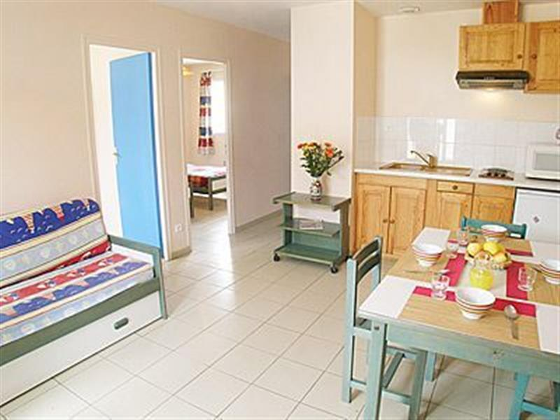 St. Hilaire de Riez in St Jean de Monts - sleeps 4 people