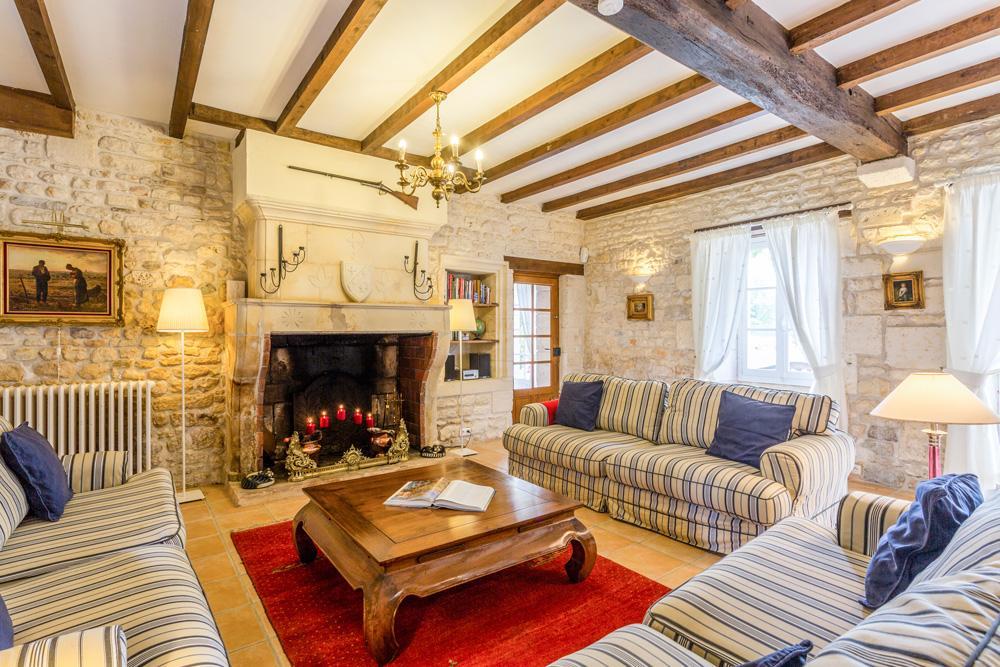 The Millhouse in Aquitaine - sleeps 21 people