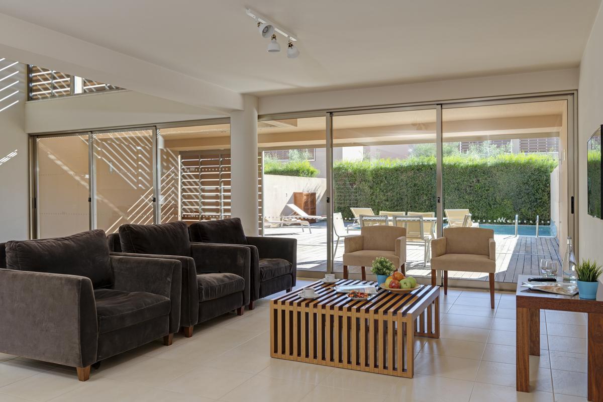 Vidamar Luxury Villa II in Vidamar Algarve Resort - sleeps 4 people