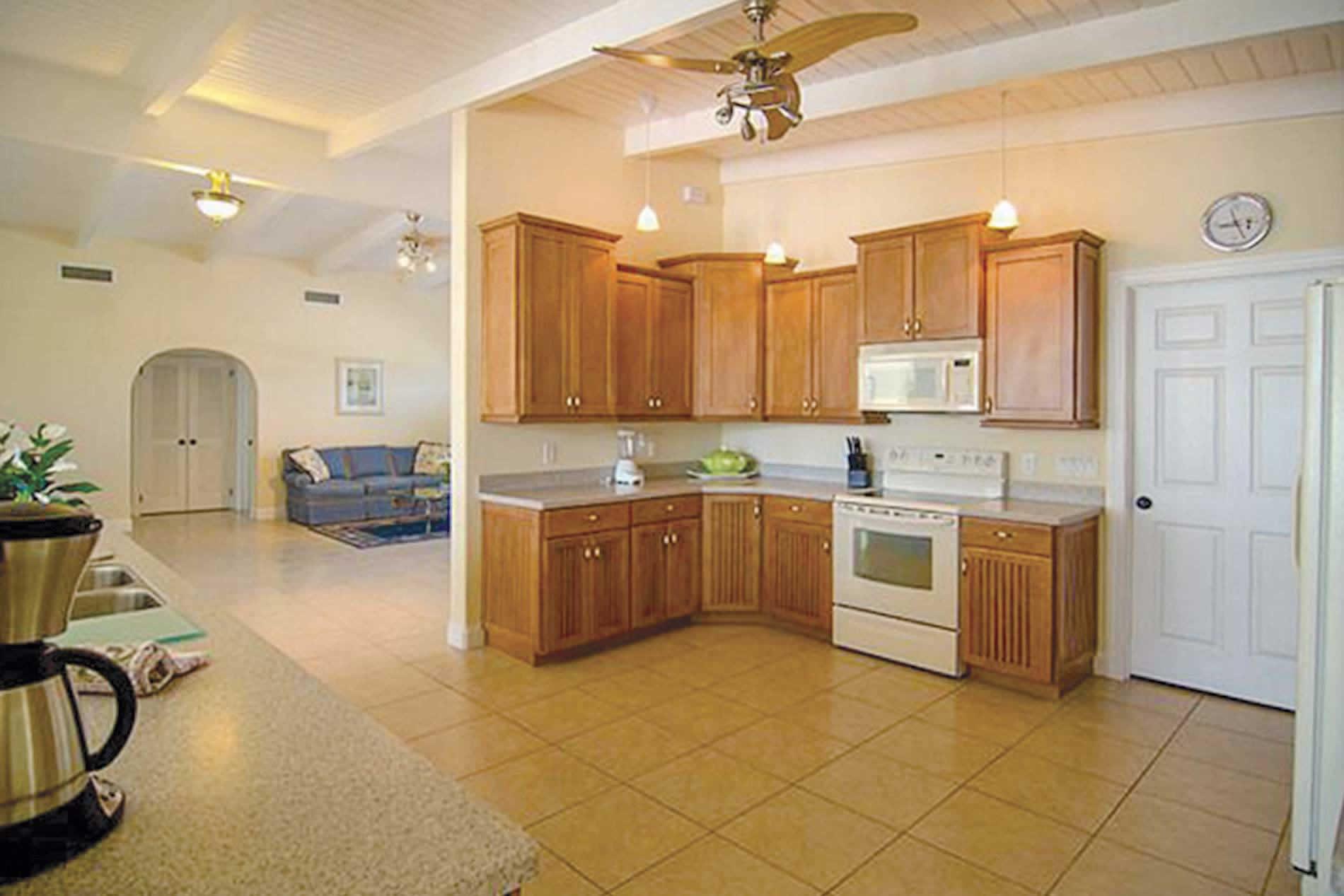 Villa 529 Key Royale in Anna Maria Island - sleeps 12 people