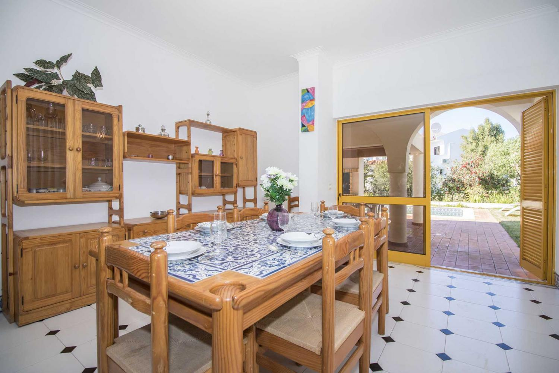 Villa Acolhedor in Vilamoura - sleeps 8 people
