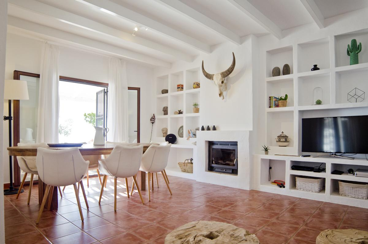 Villa Adaline in Andalucia - sleeps 8 people