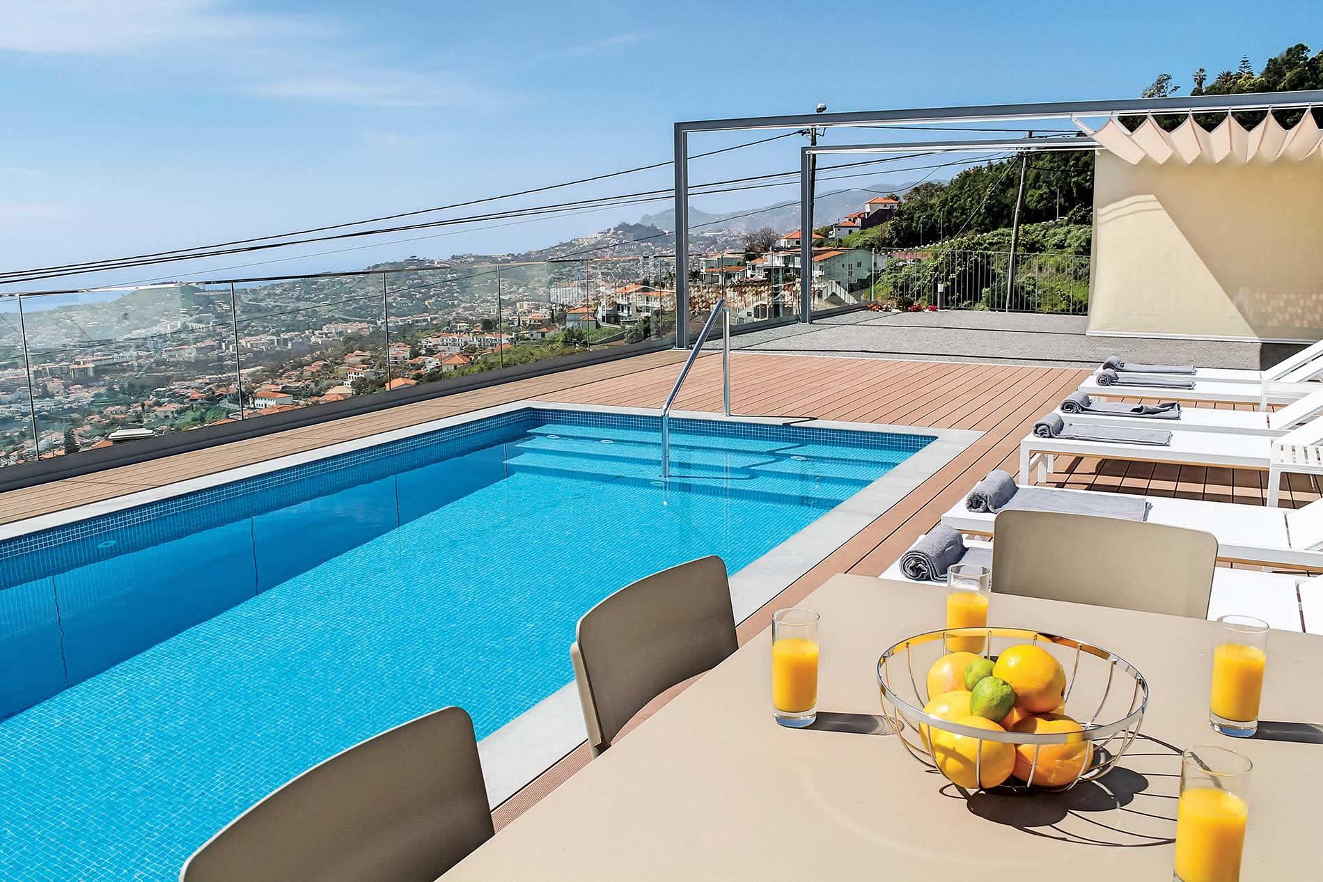 Villa Alice in Funchal - sleeps 6 people