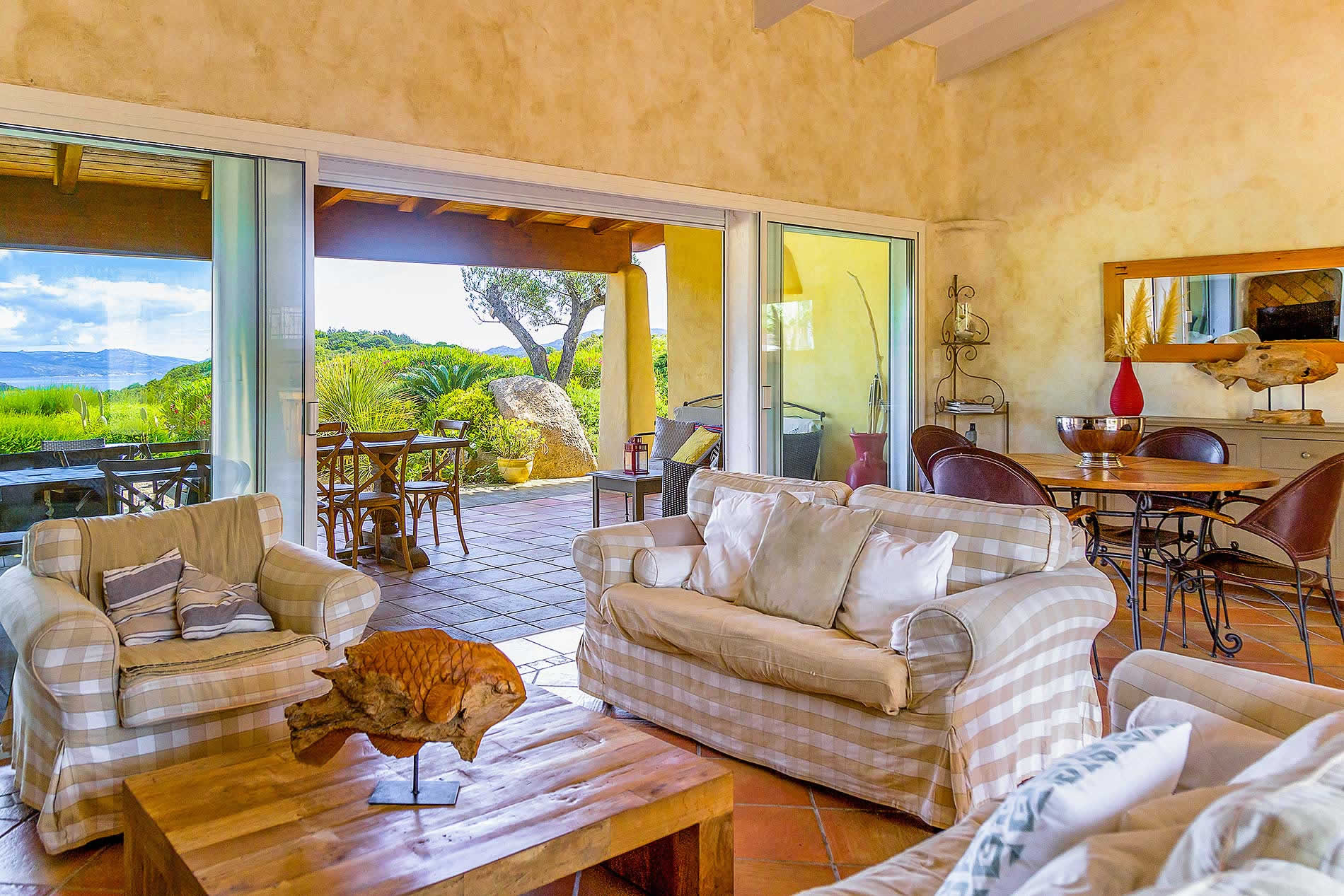 Villa Amanza in Bonifacio - sleeps 10 people