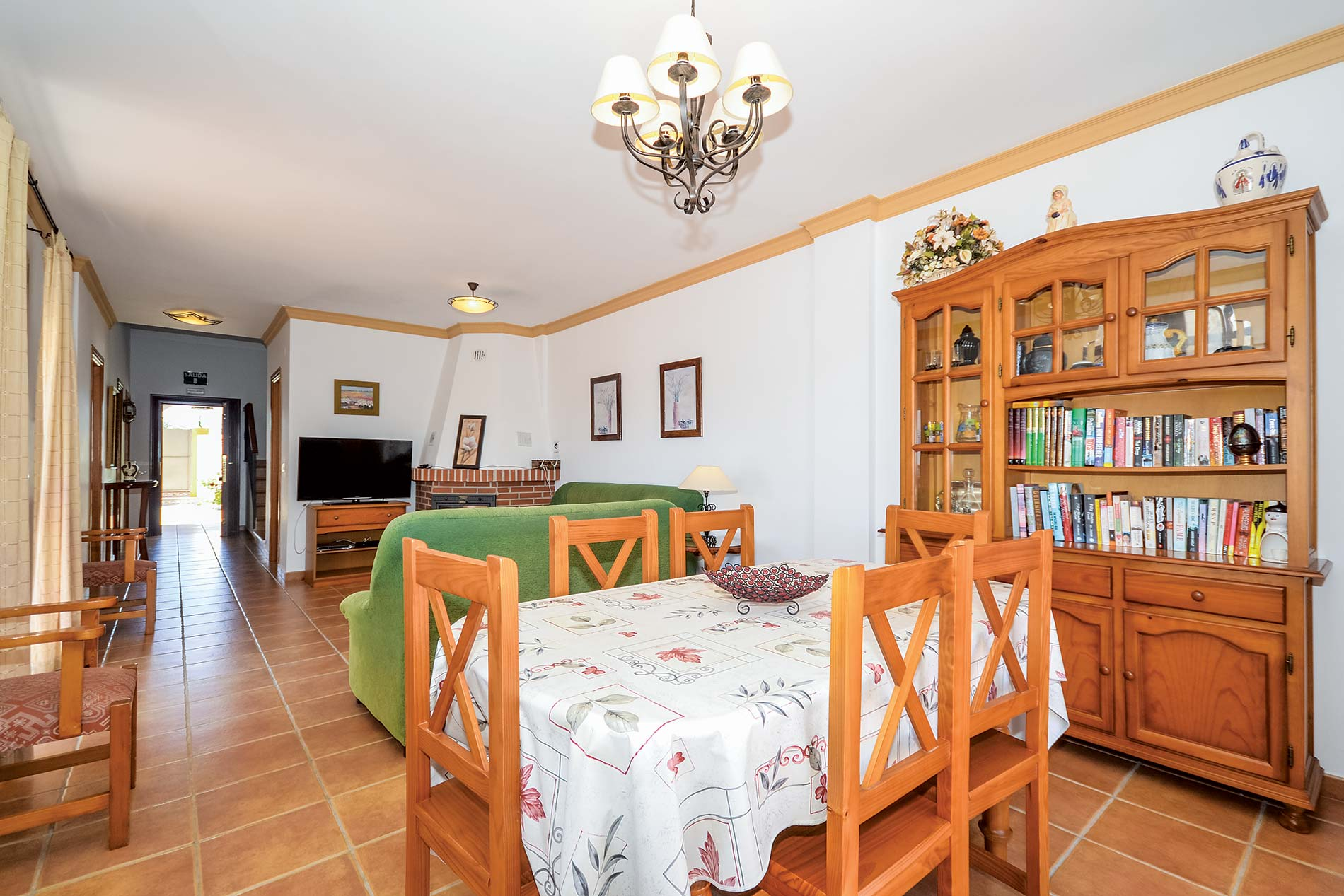 Villa Ana in Nerja - sleeps 6 people