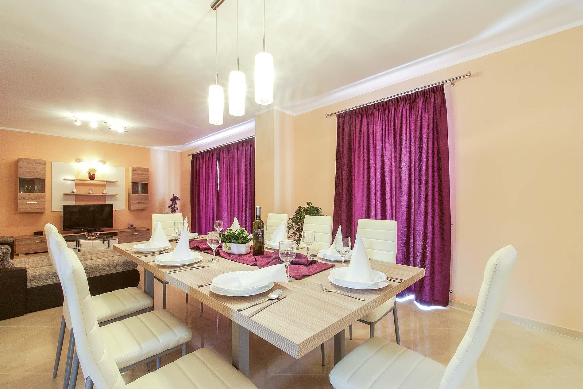 Villa Antonia in Svetvincenat - sleeps 8 people
